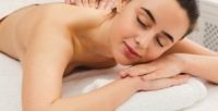 <b>Скидка до 55%.</b> Сеансы массажа спины ишейно-воротниковой зоны, ступней иног, классического либо антицеллюлитного массажа встудии красоты Beauty Room Lira