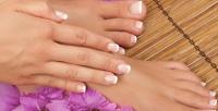 <b>Скидка до 64%.</b> Комбинированный, классический или европейский маникюр ипедикюр спокрытием гель-лаком идизайном ногтей встудии красоты «Ангел»