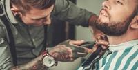 <b>Скидка до 59%.</b> Мужская или детская стрижка, моделирование бороды или бритье навыбор вбарбершопе Mac Barber