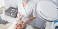 <b>Скидка до 87%.</b> Механическая или атравматическая чистка лица, микротоковая терапия, RF-лифтинг, инъекции диспорта или ботокса либо пилинг вцентре эстетической медицины «АмикоЭстетик»