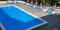 <b>Скидка до 30%.</b> Отдых напобережье Черного моря сзавтраками, посещением бассейна, сауны вгостинице «Ласточка»