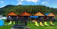 <b>Скидка до 50%.</b> Отдых вГорном Алтае наберегу Катуни сзавтраком, посещением бани, бассейна, пользованием мангалом вусадьбе «Флора»