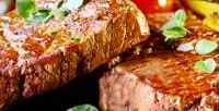 <b>Скидка до 51%.</b> Ужин сгорячим блюдом, салатом инапитками вкафе «ДеПариж»