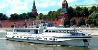 <b>Скидка до 52%.</b> Прогулка поМоскве-реке счаепитием, обедом или ужином натеплоходе «Роза Ветров»