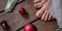 <b>Скидка до 72%.</b> Маникюр ипедикюр спокрытием ногтей гель-лаком всалоне красоты «Сфера»
