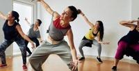<b>Скидка до 58%.</b> Групповые занятия фитнесом или растяжкой, индивидуальные уроки танцев ипостановка свадебного танца встудии Paradize