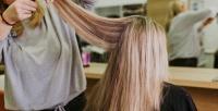 <b>Скидка до 74%.</b> Женская стрижка, укладка, окрашивание ипроцедуры поуходу заволосами всалоне красоты «Твой парикмахер +»