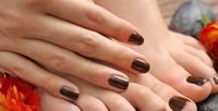 <b>Скидка до 56%.</b> Маникюр ипедикюр навыбор спокрытием гель-лаком встудии красоты Nails &Beauty Studio