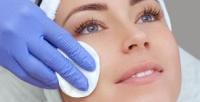 <b>Скидка до 72%.</b> Пилинг Джесснера, карбокситерапия, биоревитализация, пилинг сэффектом биоревитализации, фракционная мезотерапия, чистка, массаж или нанесение альгинатной маски ссывороткой вкосметическом салоне «Здравница»
