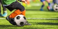<b>Скидка до 63%.</b> 4или 8занятий футболом вфутбольной школе «Планета футбола»