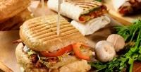 <b>Скидка до 57%.</b> Пивной сет ссэндвичем исалатом вкафе Sandwich House Dorf