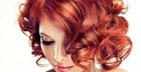 <b>Скидка до 76%.</b> Женская стрижка, окрашивание, мелирование, кератиновый уход для волос всалоне красоты «Мир красоты»