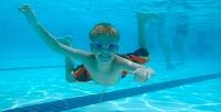 Занятия для детей до 8 лет или  «Мама и малыш» в бассейне «Эврика». <b>Скидка 52%</b>