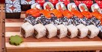 Суши, роллы иассорти вслужбе доставки «Токио-экспресс».<b>Скидка60%</b>