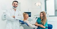 Профессиональная чистка, чистка сполировкой, экспресс-отбеливание ипрочие виды услуг встоматологической клинике «Био-Ника». <b>Скидкадо74%</b>
