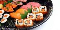 Суши, роллы иассорти в службе доставки «Токио-экспресс». <b>Скидка60%</b>