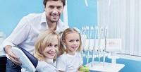 Ультразвуковая чистка зубов,AirFlow иустановка скайса встоматологической клинике «Дентаматив». <b>Скидкадо89%</b>