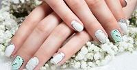 Спа-маникюр и спа-педикюр спокрытием идизайном двух ногтей всалоне красоты Konfeta. <b>Скидкадо80%</b>