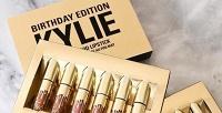 1 или 2набора жидкой матовой помады Kylie Birthday Edition. <strong>Скидкадо61%</strong>