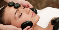 Стоун-терапия или массаж навыбор всалоне «Бомонд». <b>Скидкадо77%</b>