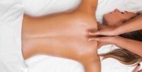 <b>Скидка до 81%.</b> До10сеансов массажа спины ишейно-воротниковой зоны, антицеллюлитного, лимфодренажного или классического общеоздоровительного массажа вцентре красоты издоровья «АрНика»