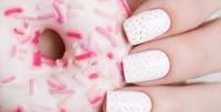 <b>Скидка до 57%.</b> Маникюр ипедикюр навыбор спокрытием гель-лаком всалоне красоты Beauty Lab.byUmida