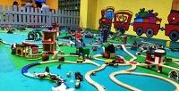 <b>Скидка до 50%.</b> 30минут, 1час, абонемент на10часов или целый день развлечений надетской игровой площадке «Город поездов» и«Город мастеров» откомпании «Кулибин: город мастеров игород поездов»