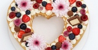 <b>Скидка до 50%.</b> До12капкейков либо торт ввиде цифр или сердца