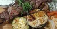 <b>Скидка до 62%.</b> Ужин ссалатом, горячим блюдом инапитками вкафе-шашлычной «Пиблин»