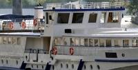 <b>Скидка до 50%.</b> Прогулка поМоскве-реке «Любимая столица» спитанием или без налюкс-теплоходе «Соболь» отсудоходной компании «Августина»