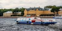 <b>Скидка до 57%.</b> Прогулка накомфортабельных теплоходах порекам иканалам Санкт-Петербурга откомпании «Ирбис»