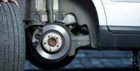 <b>Скидка до 72%.</b> Шиномонтаж ибалансировка 4колес радиусом доR24 для легкового автомобиля или диагностика, чистка изаправка автокондиционера откомпании «Мастер»