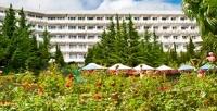 <b>Скидка до 35%.</b> Оздоровительный отдых вЯлте с3-разовым питанием, посещением тренажерного зала, бассейна, экскурсионной программой, лечебными процедурами для двоих всанатории Kirov Health &Resort