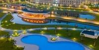 <b>Скидка до 50%.</b> Отдых напобережье Чёрного моря для двух взрослых иребёнка сразвлечениями изавтраком воздоровительном комплексе «Сочи Парк Отель» оттурагентства Nice Trip