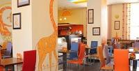 <b>Скидка до 53%.</b> Ужин всемейном кафе «Два жирафа»