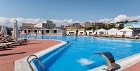 <b>Скидка до 30%.</b> День отдыха посистеме «все включено» вотеле Beton Brut Resort All Inclusive, Dacha del Sol Hotel and Resort All Inclusive или Fioleto All Inclusive Family Resort