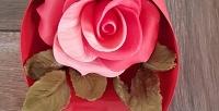 <b>Скидка до 50%.</b> Набор ручной работы избельгийского шоколада «Шоколадная роза вколбе», «Шоколадная роза» или «Букет изшоколадных роз»