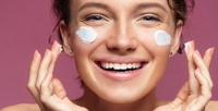 <b>Скидка до 67%.</b> Механическая чистка, диагностика кожи лица, лечение акне, всесезонный пилинг, гиалуроновый брашинг, биоревитализация или макияж встудии красоты Brilliants