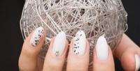 <b>Скидка до 55%.</b> Классический маникюр ипедикюр спокрытием цветным лаком или гель-лаком, дизайн ногтей, массаж рук или ног всалоне Madi Beauty Salon