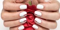 <b>Скидка до 73%.</b> Маникюр ипедикюр спокрытием навыбор, наращивание ногтей, SPA-уход заруками истопами всалоне красоты «Колорит»