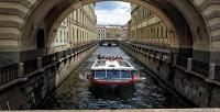 <b>Скидка до 64%.</b> Дневная экскурсия или ночная прогулка «Разводные мосты» натеплоходе порекам иканалам Санкт-Петербурга откомпании «Речной трамвай Санкт-Петербурга»
