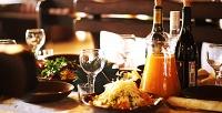 <b>Скидка до 55%.</b> Ужин изсалата, горячего блюда, гарнира инапитка вкафе украинской традиционной кухни «Хмельницкий»