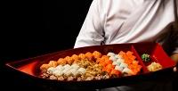 <b>Скидка до 50%.</b> Сеты отслужбы доставки суши ироллов «О'Суси»