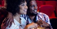 <b>Скидка до 51%.</b> Романтическое свидание спросмотром кинофильма иугощениями вкино-кафе «Черный Пистолет»