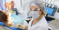 Профессиональная чистка зубов AirFlow встоматологической клинике 1+1 Dental Clinic (980руб. вместо 2000руб.)
