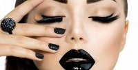 <b>Скидка до 64%.</b> Маникюр ипедикюр спокрытием гель-лаком встудии Amur Beauty Studio
