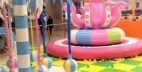 <b>Скидка до 50%.</b> Час свободных прыжков или безлимитное посещение детской площадки сбатутной зоной либо без вбатутном комплексе «ПолетайКА»