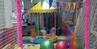 <b>Скидка до 52%.</b> Безлимитное посещение детской площадки вцентре «Акуна Матата»