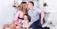<b>Скидка до 85%.</b> Индивидуальная или семейная тематическая фотосессия, фотосъемка «Будущие родители», «Лучшие подруги» либо Love Story встудии ArtWork