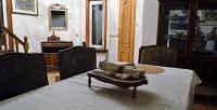 <b>Скидка до 38%.</b> Отдых вкоттедже «Дом художника» спользованием мангальной площадкой, караоке откомпании Luxury Cottage